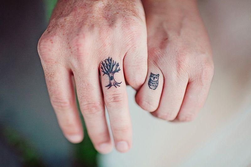 As melhores tatuagens de aliança de casamento 13
