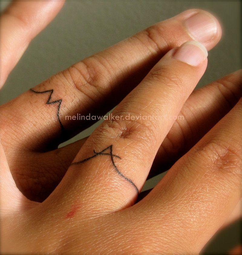 As melhores tatuagens de aliança de casamento 20