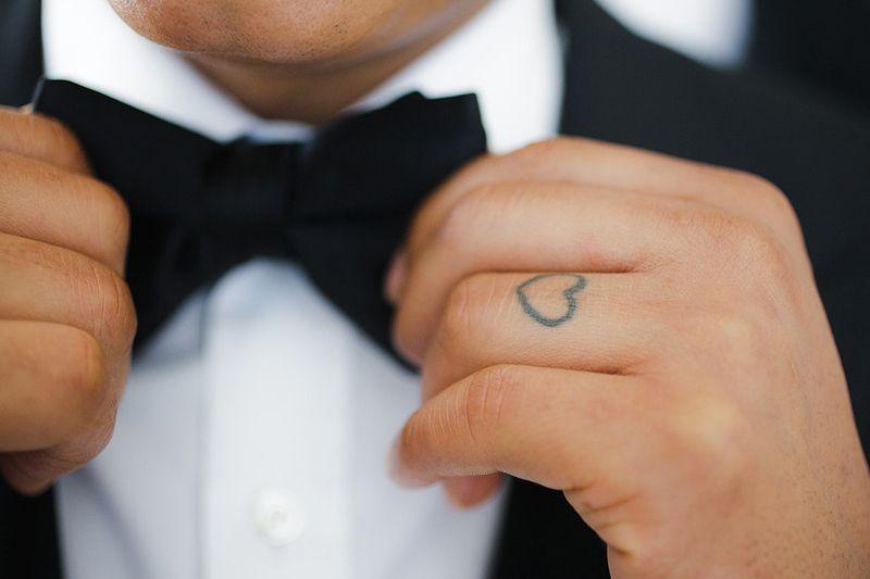 As melhores tatuagens de aliança de casamento 25