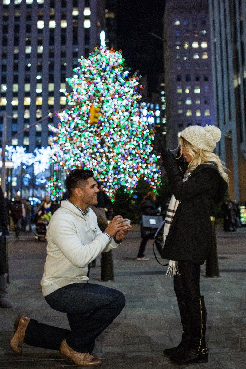 Esse cara secretamente fotografa pedidos de casamento em Nova York 11