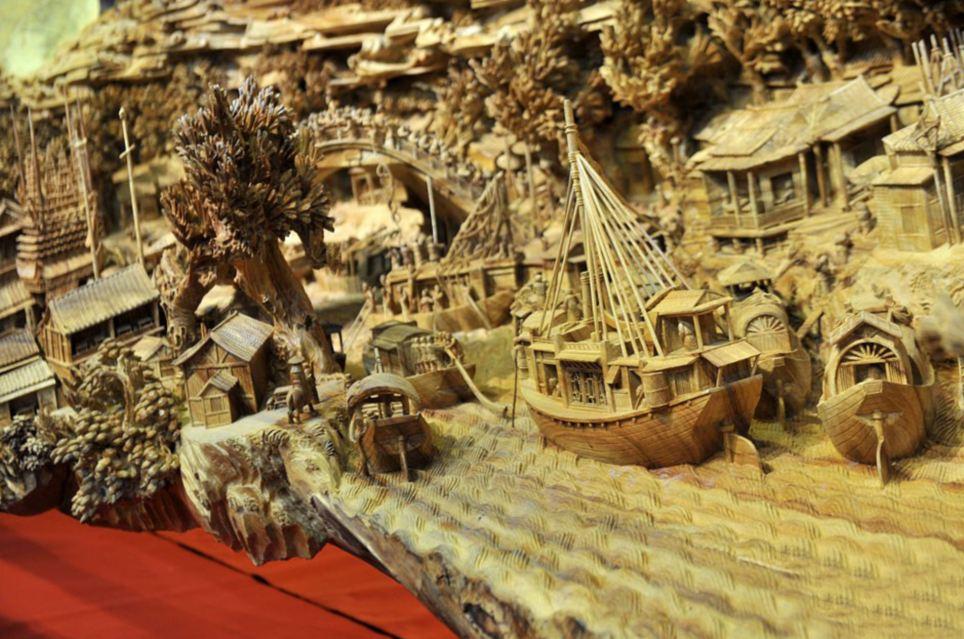 Escultor chinês passa longos 4 anos esculpindo incrível obra prima em madeira 05