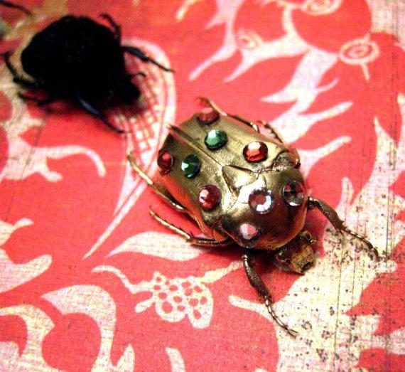 Joias feitas com insetos 09