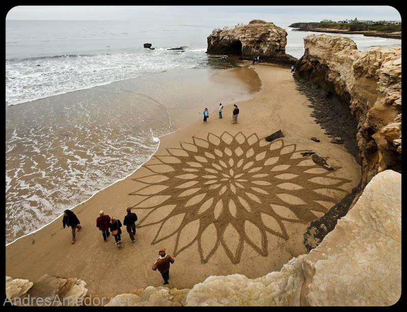 Obras de arte ef�meras na areia da praia 03