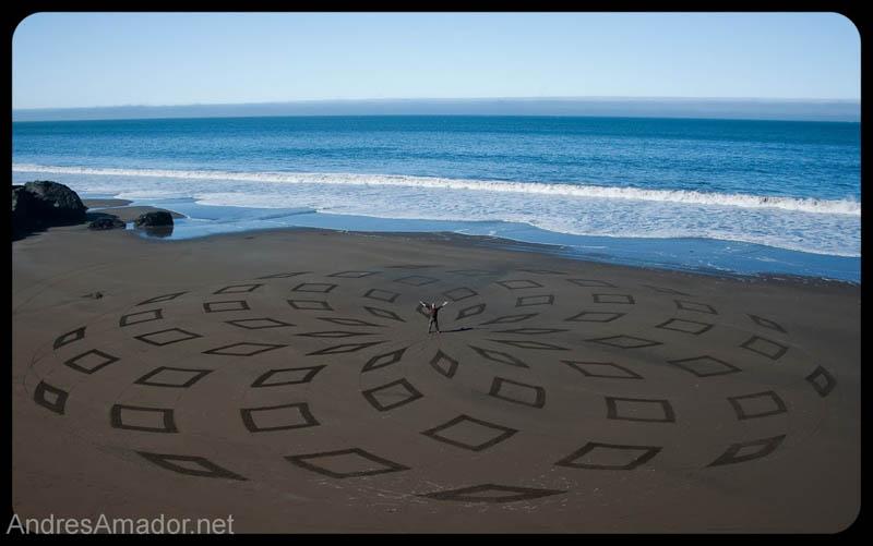 Obras de arte ef�meras na areia da praia 18