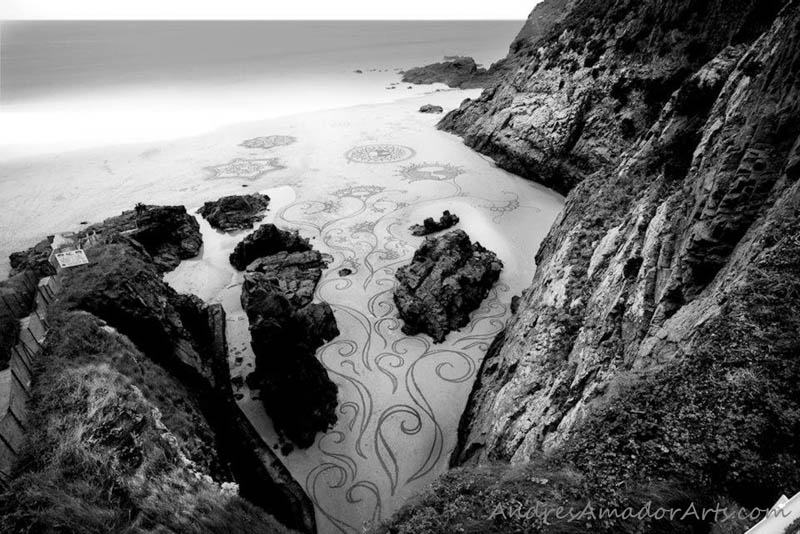 Obras de arte efêmeras na areia da praia 23