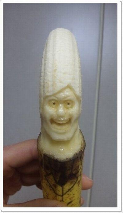 Esculturas em banana 02