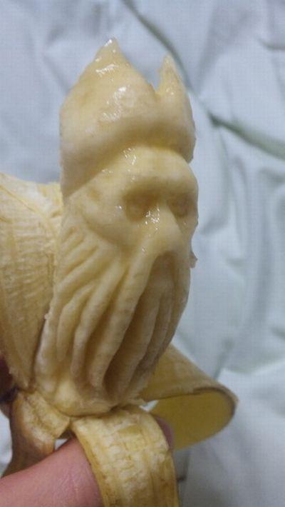 Esculturas em banana 04