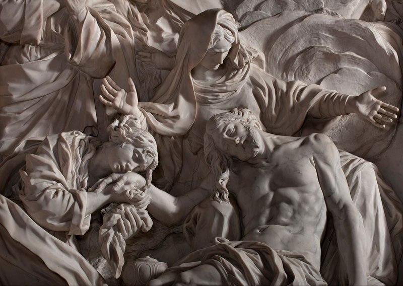 Esta pequena capela é o lar de algumas das maiores esculturas de mármore da história 25