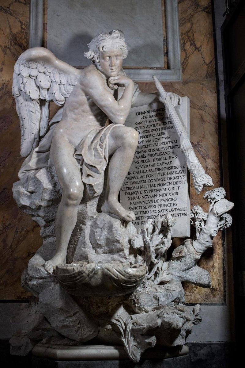 Esta pequena capela é o lar de algumas das maiores esculturas de mármore da história 41