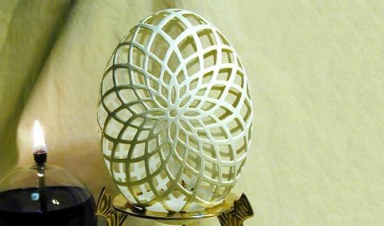 Incrível arte na casca de ovo de Gary LeMaster 05