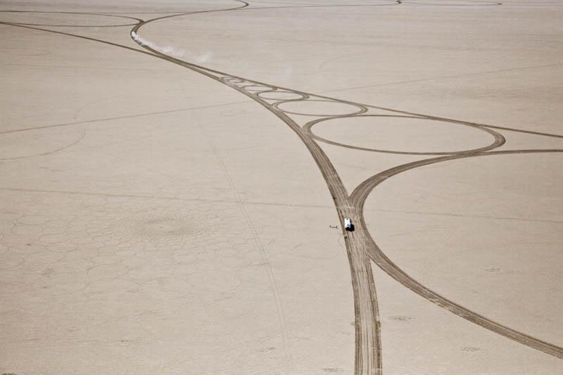 A colossal arte de Jim Denevan 15