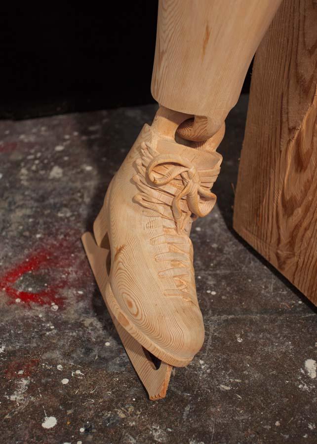 As surpreendentes esculturas de madeira de Dan Webb 02