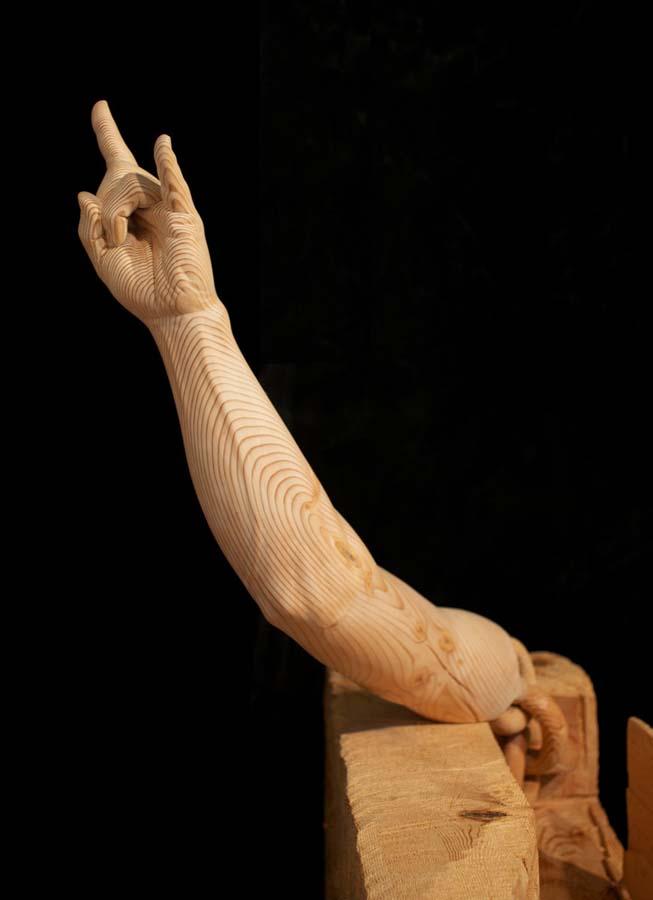 As surpreendentes esculturas de madeira de Dan Webb 12