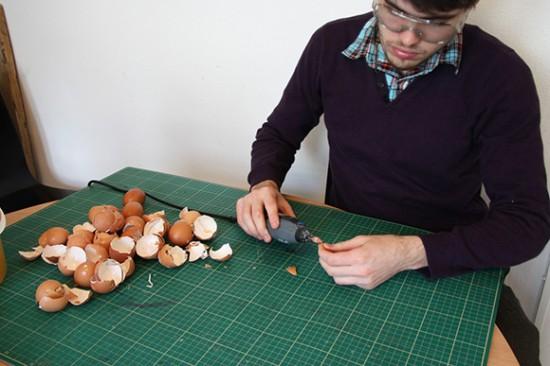 Galinha feita com cascas de ovos 04
