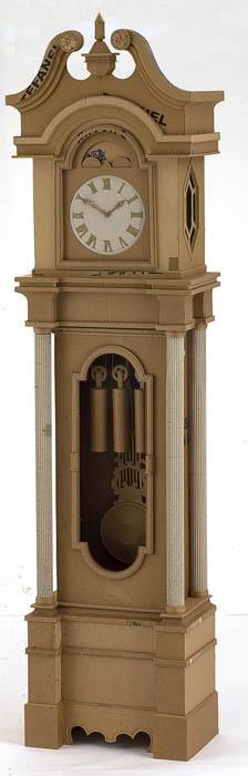 As incríveis esculturas de papelão de Chris Gilmour 09