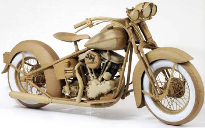 As incríveis esculturas de papelão de Chris Gilmour 18