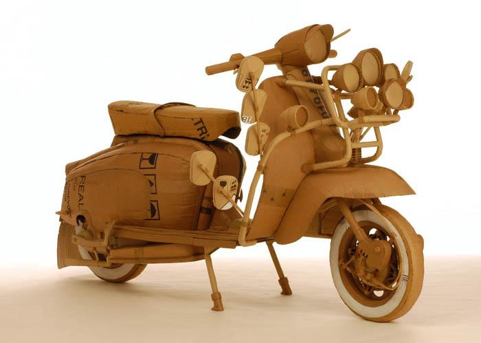 As incríveis esculturas de papelão de Chris Gilmour 20