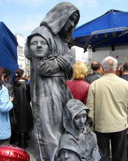 Incríveis estátuas vivas 15