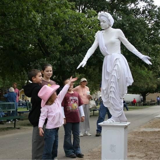 Incríveis estátuas vivas 17