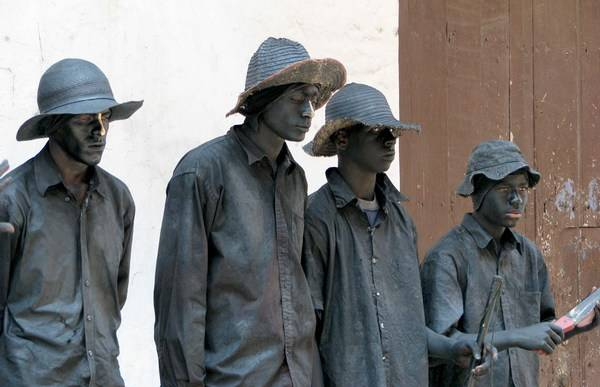Incríveis estátuas vivas 22