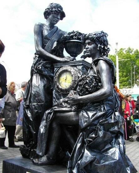 Incríveis estátuas vivas 33