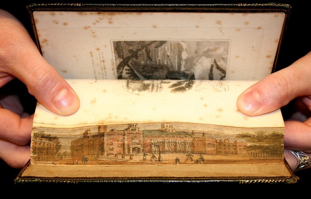 Pinturas nas bordas de livros: as obras ocultas nas laterais das obras literárias 03