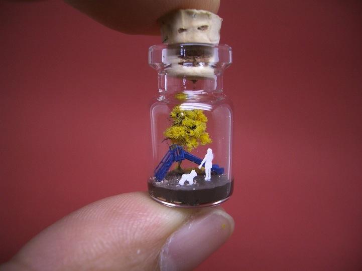 O mundo em miniatura dentro de uma garrafinha 02