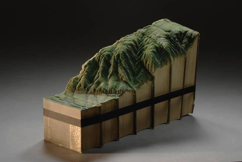 Paisagens incríveis esculpidas em livros - Parte 2 03