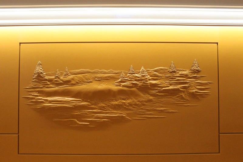 Artista transforma gesso comum em espetaculares murais em alto relevo 06