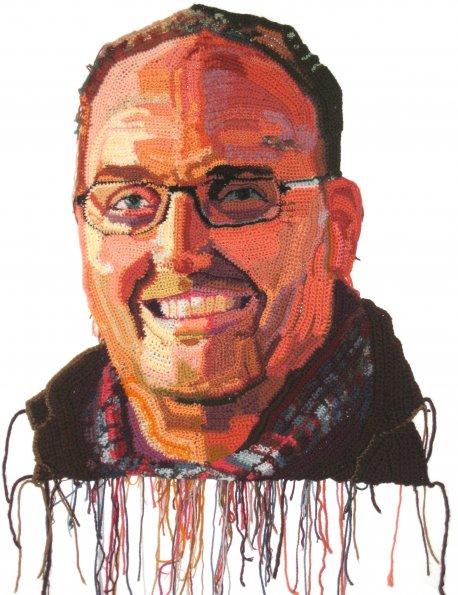 Os retratos feitos com crochê de Jô Hamilton  04