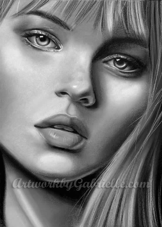 Retratos ultra realísticos de mulheres