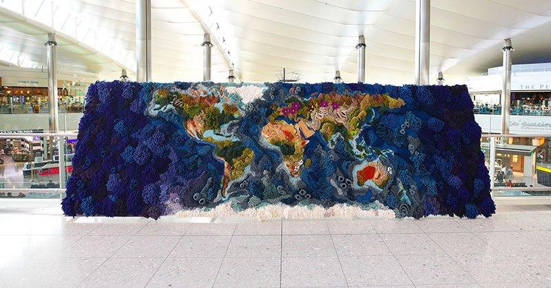 Tapete de 6 metros, feito à mão com lã reciclada, exibindo o mapa-múndi, é fantástico  02