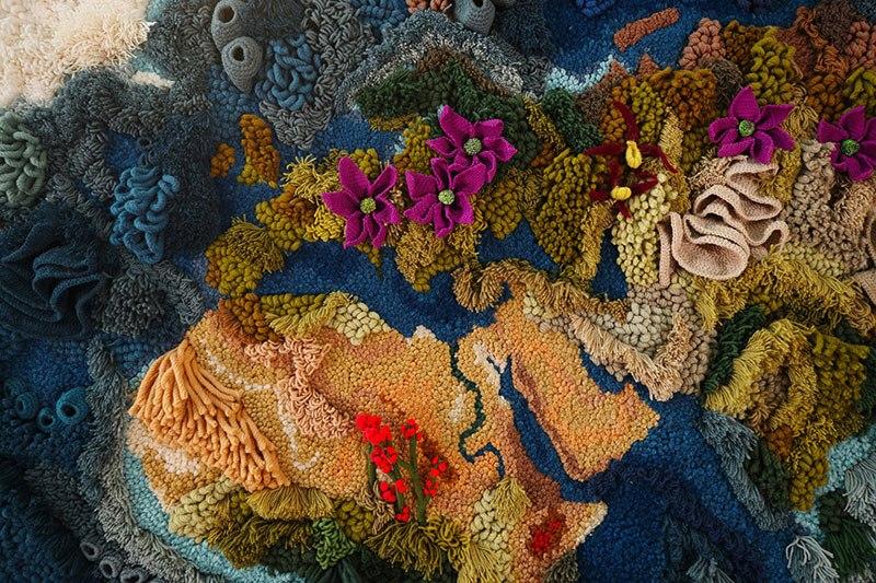 Tapete de 6 metros, feito à mão com lã reciclada, exibindo o mapa-múndi, é fantástico  03