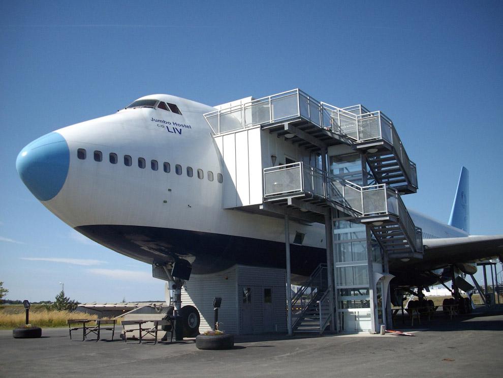 Hotel de luxo dentro de um avião 01