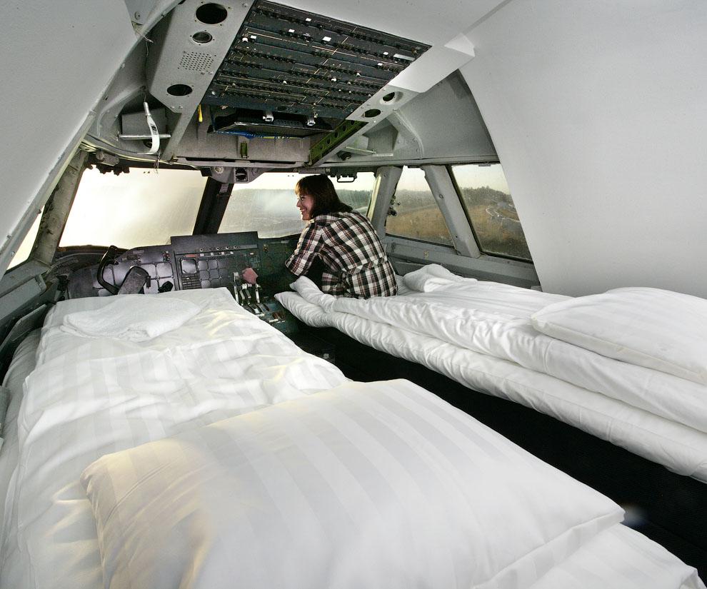 Hotel de luxo dentro de um avião 11