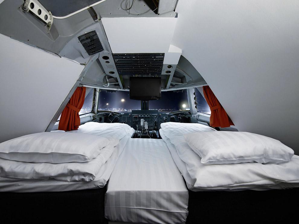 Hotel de luxo dentro de um avião 12