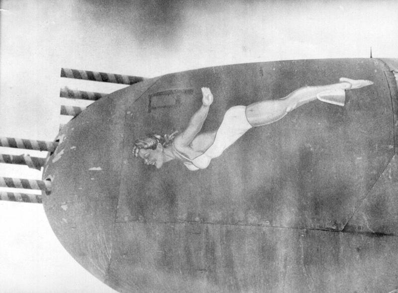 Nose-art em aviões da Segunda Guerra 08