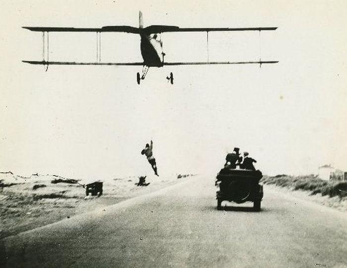 Acrobacias aéreas dos Barnstormers em 1920 03