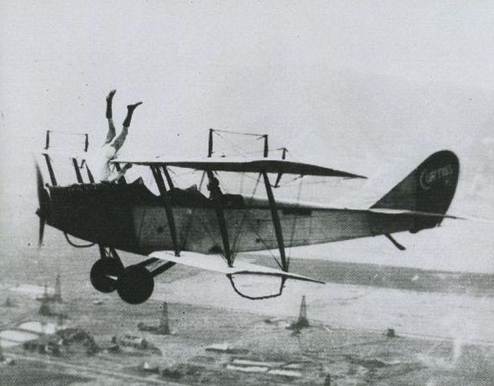 Acrobacias aéreas dos Barnstormers em 1920 05