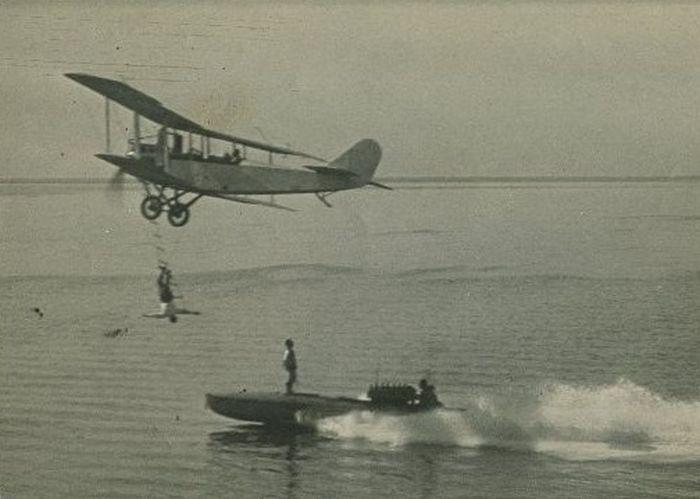 Acrobacias aéreas dos Barnstormers em 1920 14