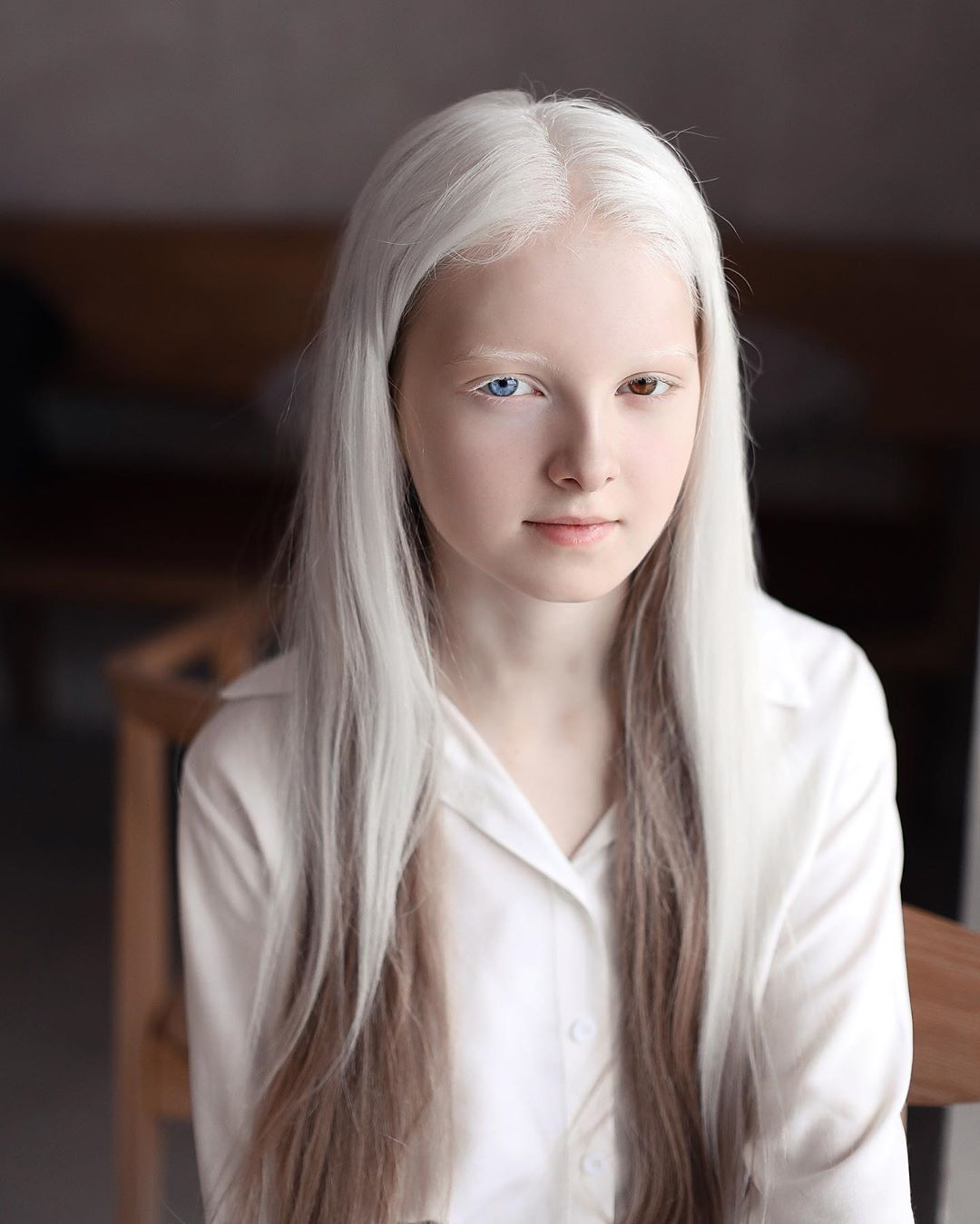 Garota chechena atordoa a Internet com sua beleza sobrenatural 08