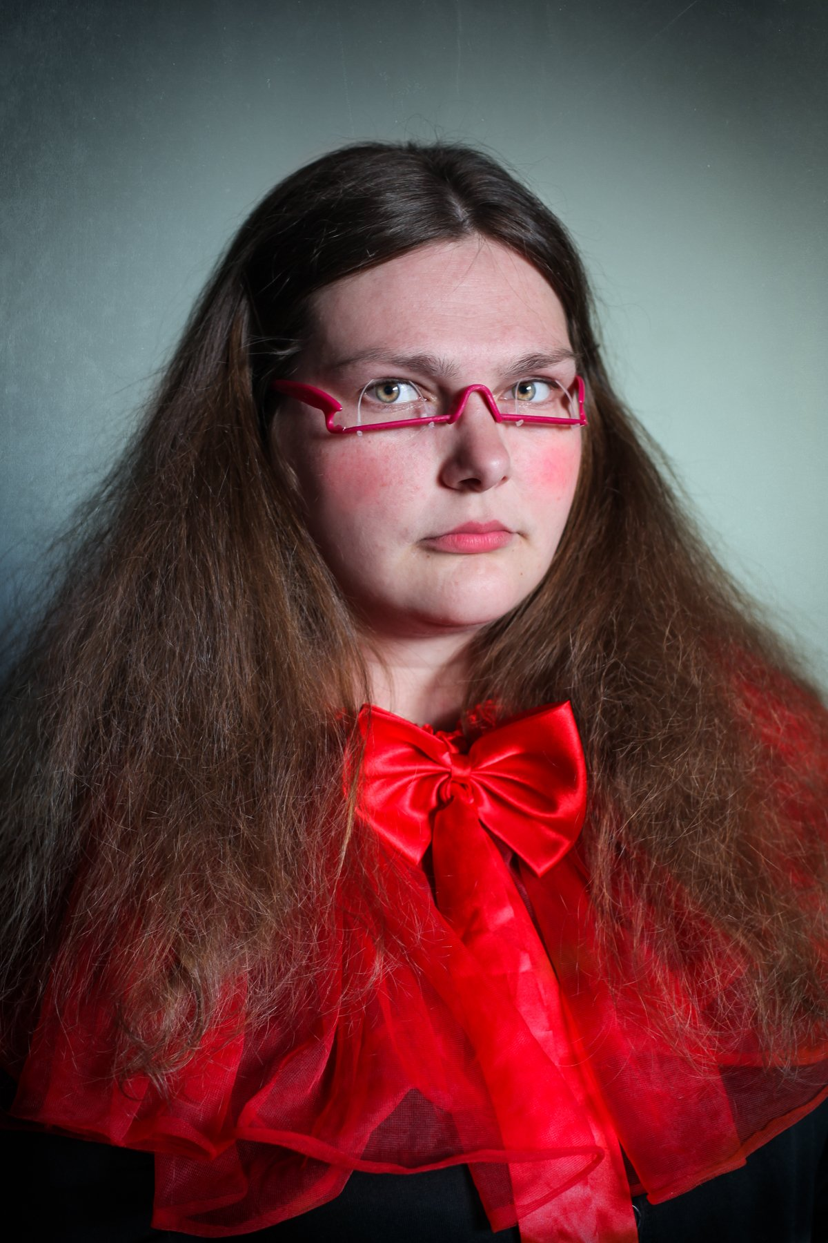 """14 fotos perturbadoras mostram as coisas bizarras que uma mulher usa para ficar """"linda"""" 10"""