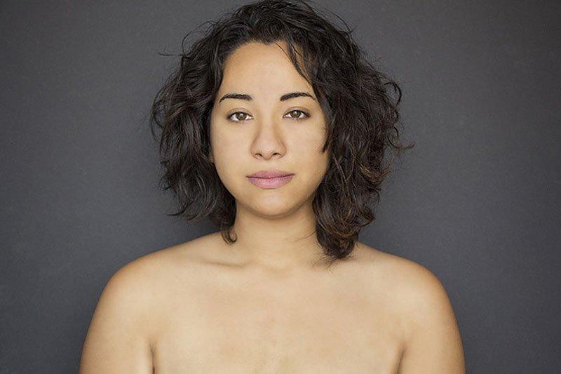 Outra jovem teve seu rosto fotochopado ao redor do mundo para examinar padrões de beleza 04