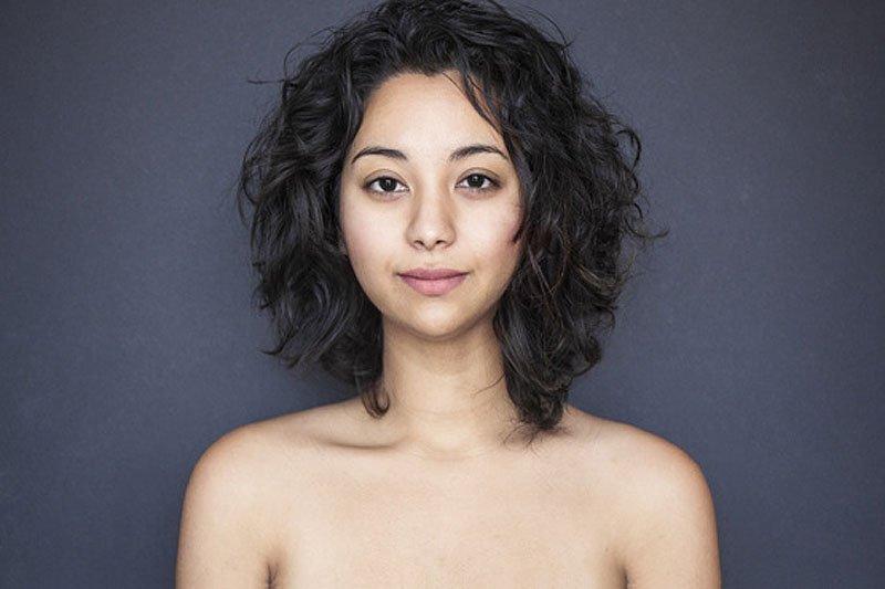 Outra jovem teve seu rosto fotochopado ao redor do mundo para examinar padrões de beleza 23