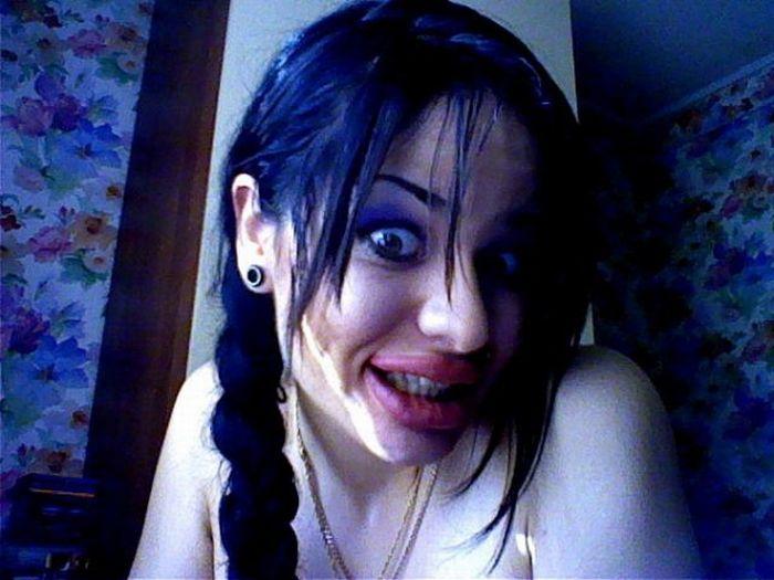 Jessica Rabbit da vida real tem os maiores lábios do mundo 09