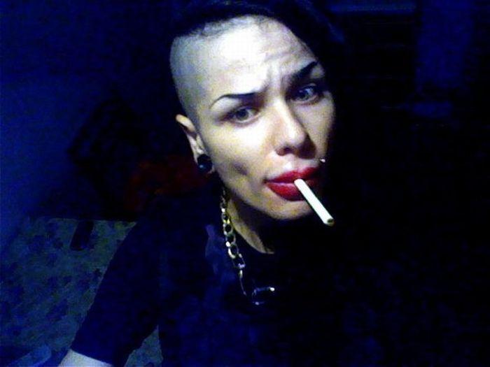 Jessica Rabbit da vida real tem os maiores lábios do mundo 12