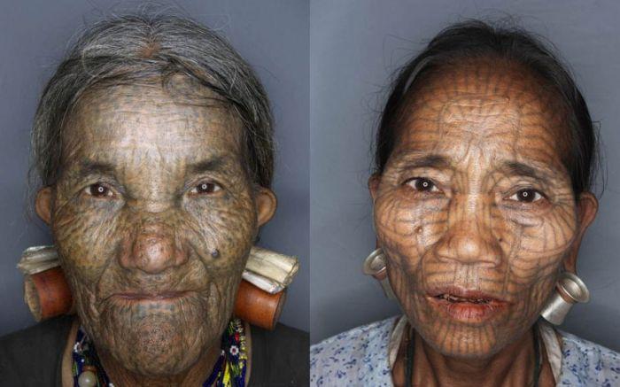As mulheres de rosto tatuado de Myanmar 07