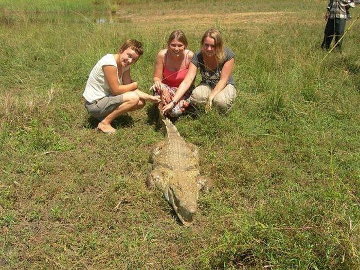 Vila Paga, um lugar onde crocodilos e homens vivem em perfeita harmonia 05