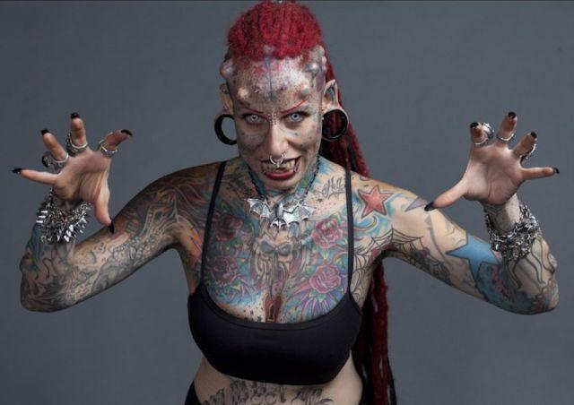 A vampira tatuada 01