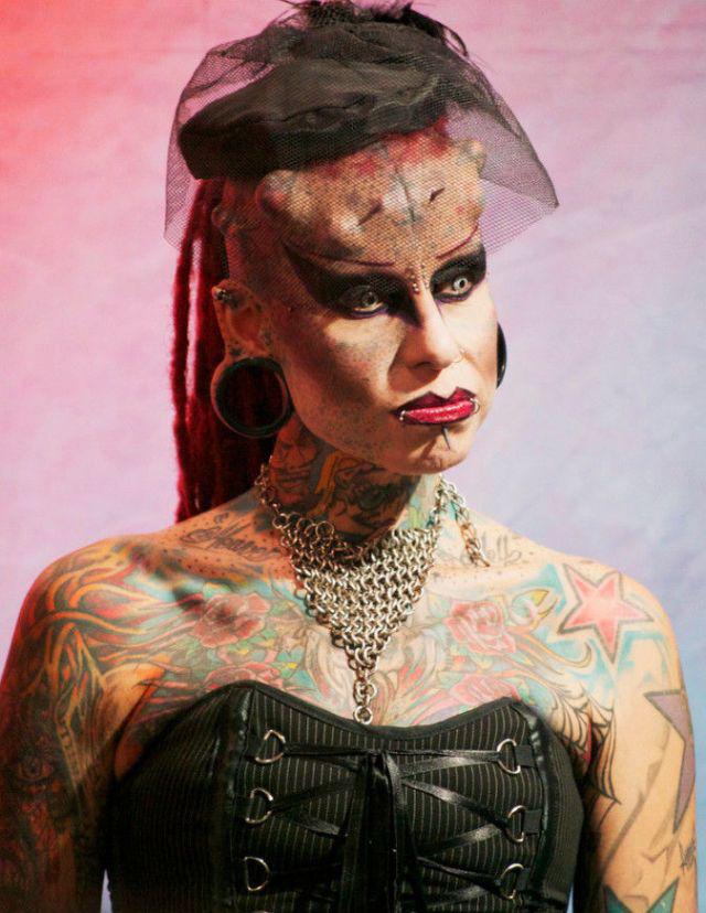 A vampira tatuada 04